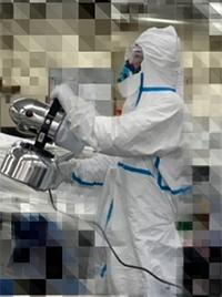 空間噴霧消毒作業